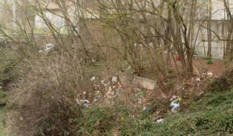 Discarica rifiuti - Ponte San Giacomo